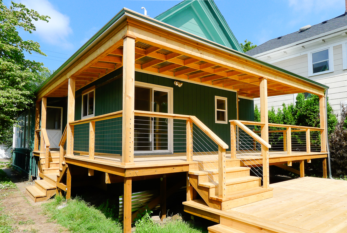 Backyard Cedar Deck with Cable Railings